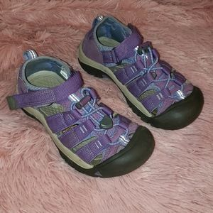Keen multistrap sandal